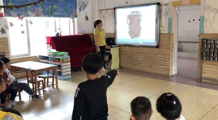 【课题分享】| 幼儿园大班美术教案《小小红木工艺品》